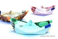 Steuerschätzung: Die Steuereinnahmen sind aufgrund der Corona-Pandemie im Sinkflug.  (Foto: © Benjamin Klack / pixelio.de)
